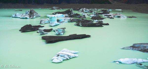 Озеро Тасманского ледника