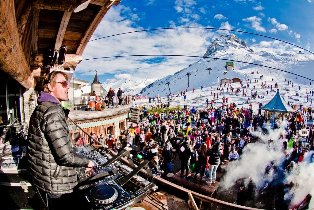 Дискотека & горные лыжи