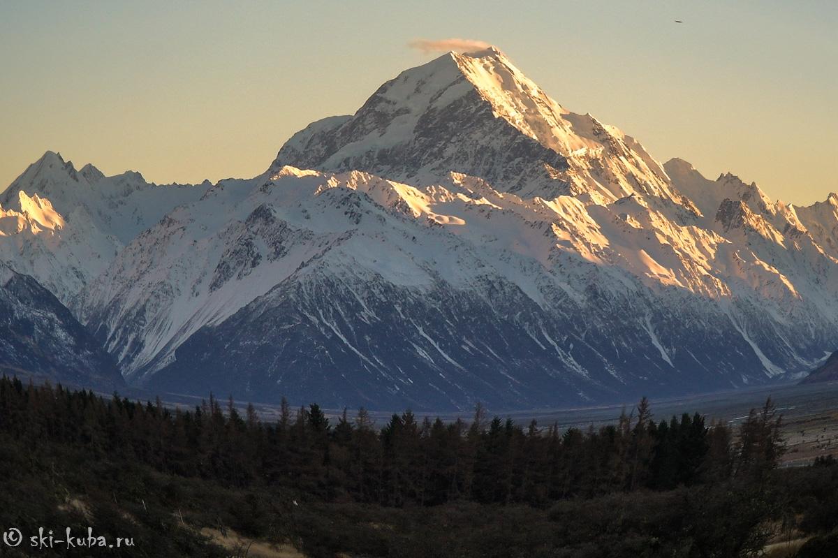 Маунт Кук на восходе