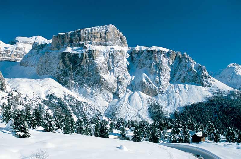 Горные лыжи в Канацеи Селла Ронда Бугель гайдбук