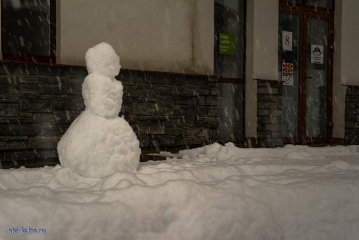 Снегопад,  Красная Поляна, горнолыжный курорт Роза Хутор, горные лыжи, сноуборд, Новый год,